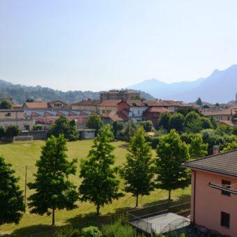 Viale San Giuseppe, trilocale con terrazzino e box