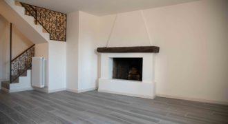 Casa semi indipendente ristrutturata con box, Vignone