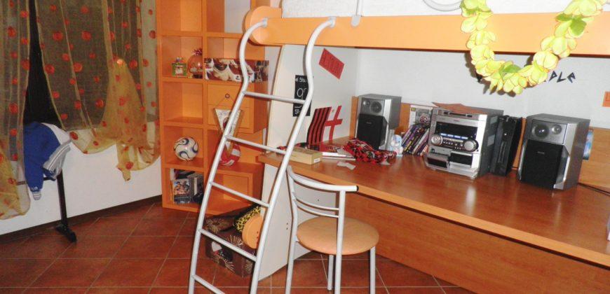 Foto Attico con terrazzo e box, Arizzano