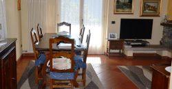 Villa con giardino e vista lago, Vignone