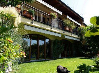 Villetta semindipendente con vista lago e giardino d'inverno, Vignone