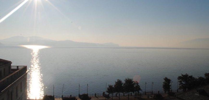 Foto Attico, finemente ristrutturato, vista lago, Intra