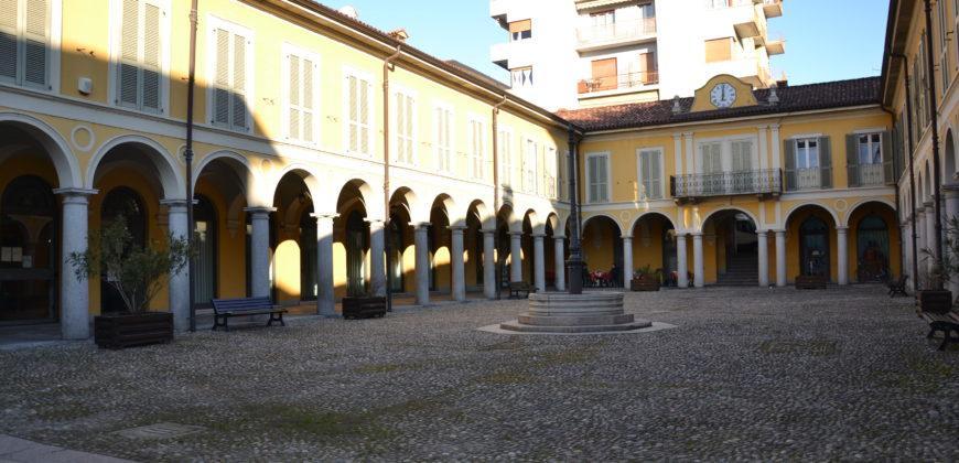 Bilocale centrale in palazzo di pregio, Pallanza