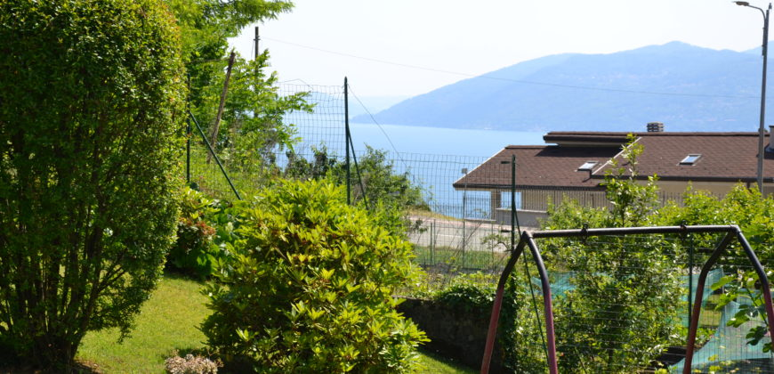 Foto Villetta indipendente con giardino, Arizzano