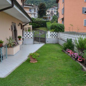 Trilocale semi indipendente con giardino, Baveno