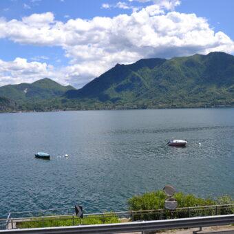 Bilocale fronte lago, Ghiffa