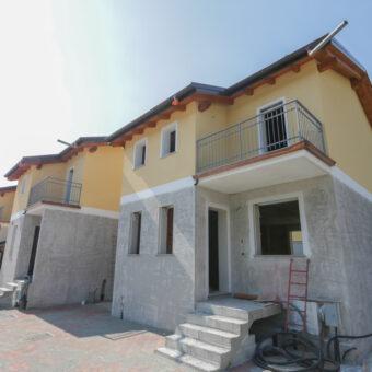 Villa a schiera di recente costruzione, Ornavasso