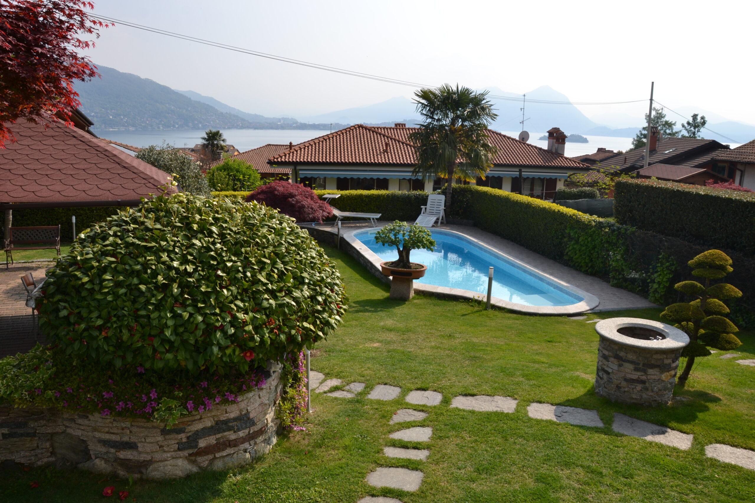 Foto Villa a schiera con piscina, Baveno
