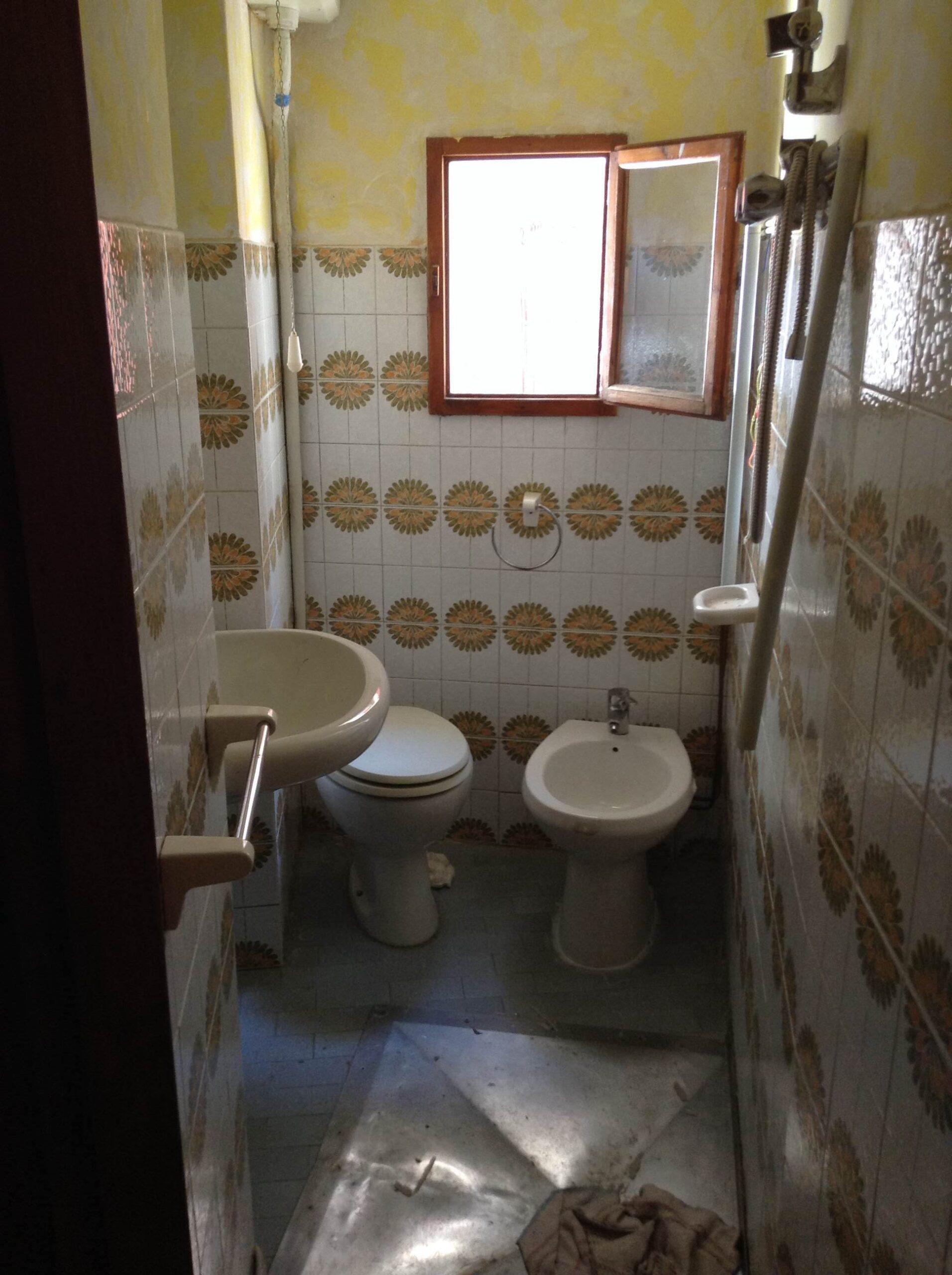 Foto Bilocale con doppio ingresso, Arizzano