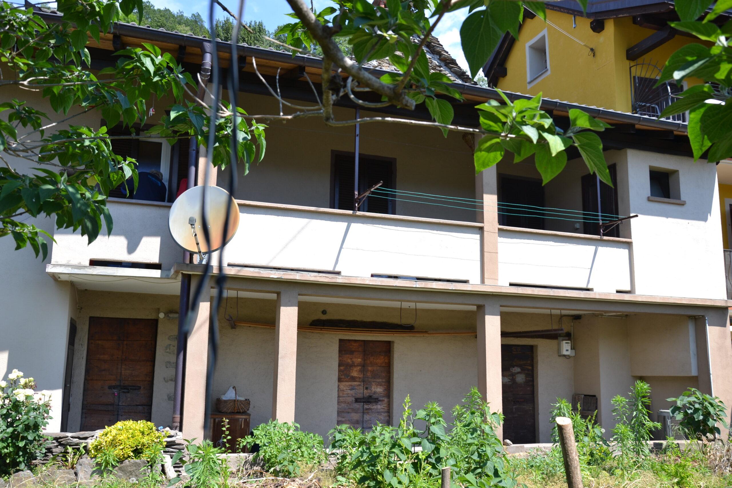 Foto Casa semi indipendente con terrazzi, Cossogno