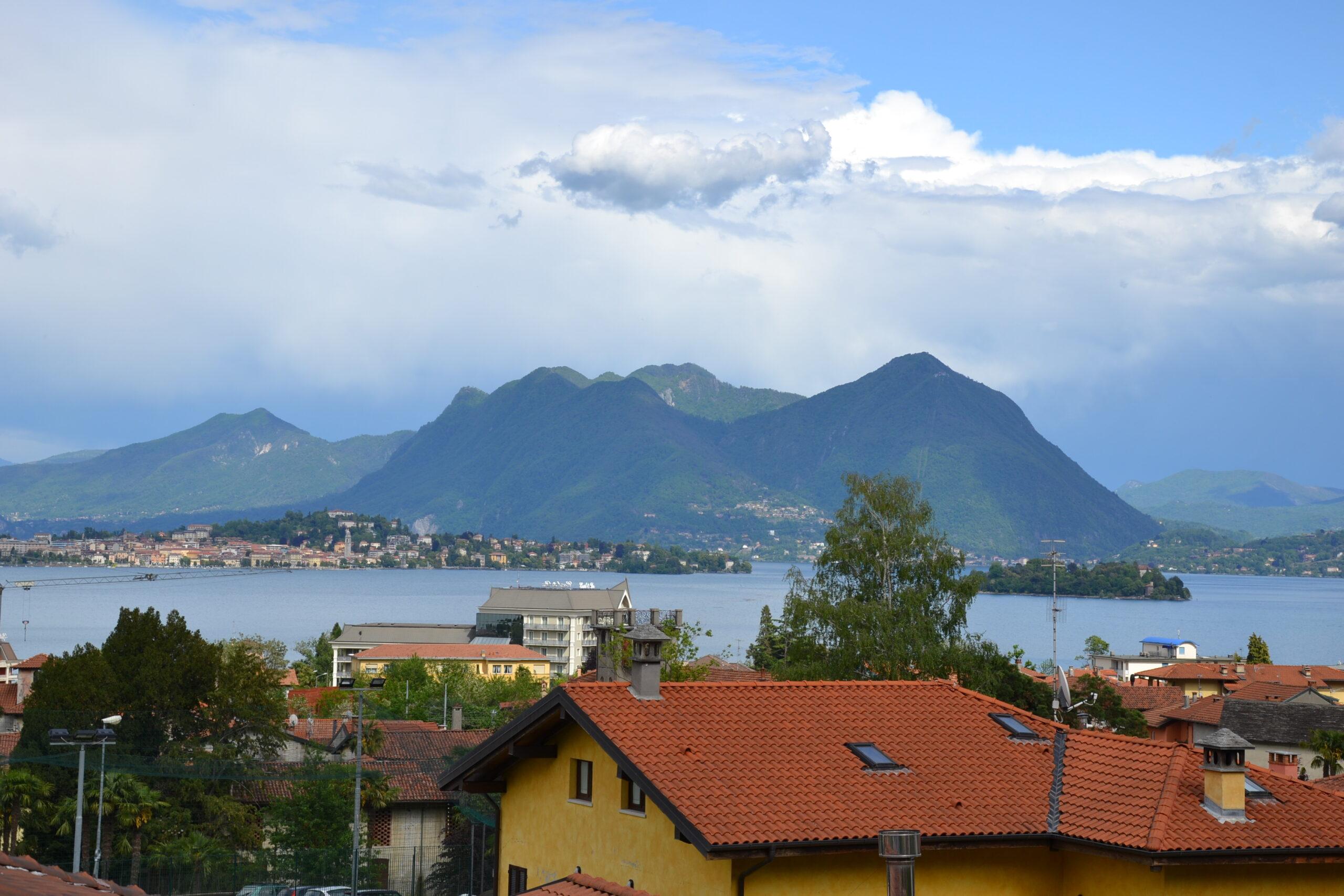 Foto Trilocale con vista lago, Baveno