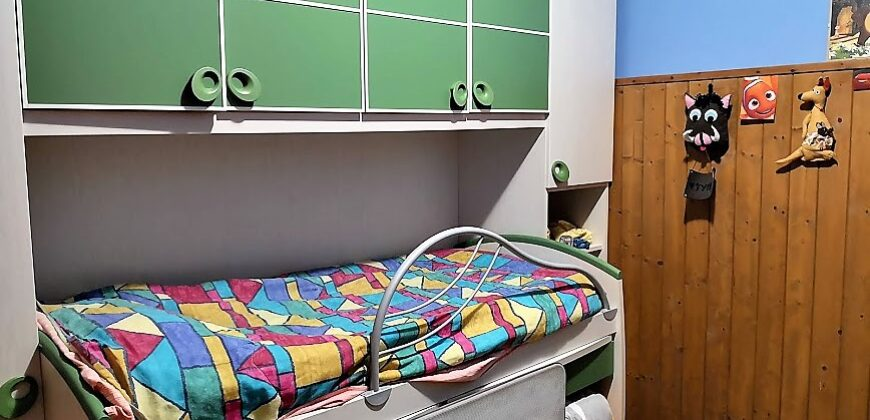 Foto Trilocale con terrazzo e box doppio, Arizzano