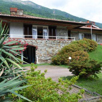Villa Bifamigliare, Ramate