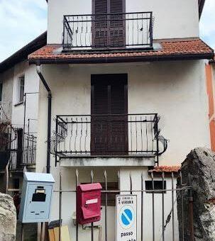 Casa semi indipendente con giardino, Verbania