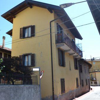 Casa semi indipendete, Unchio