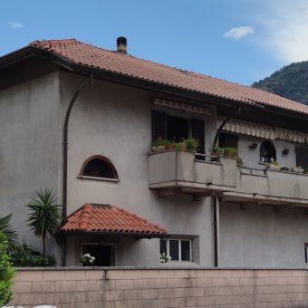Villa singola con giardino e terrazzo, Gravellona Toce