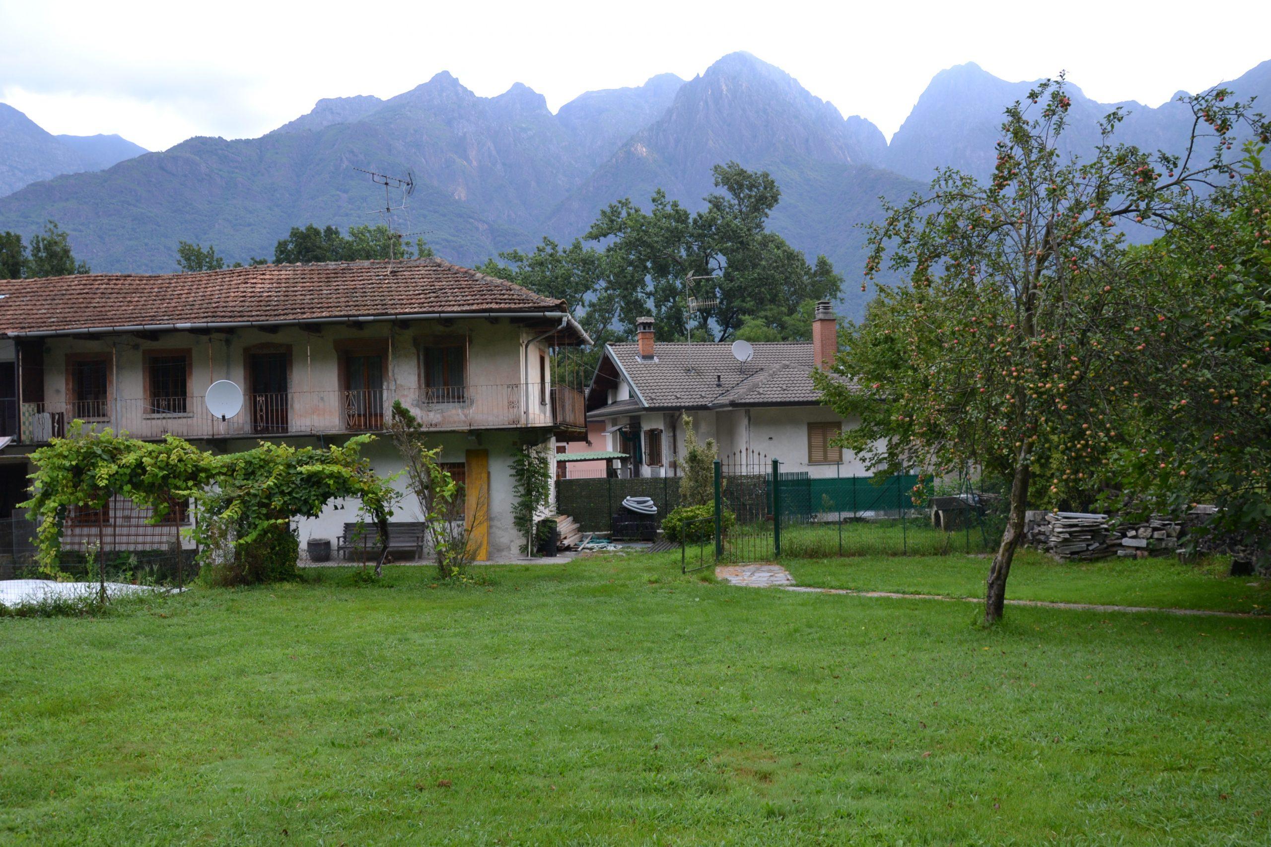 Casa semi indipendente con giardino, Ornavasso