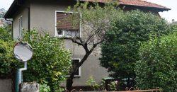 Anteprima foto Villa da ristrutturare con giardino, Intra