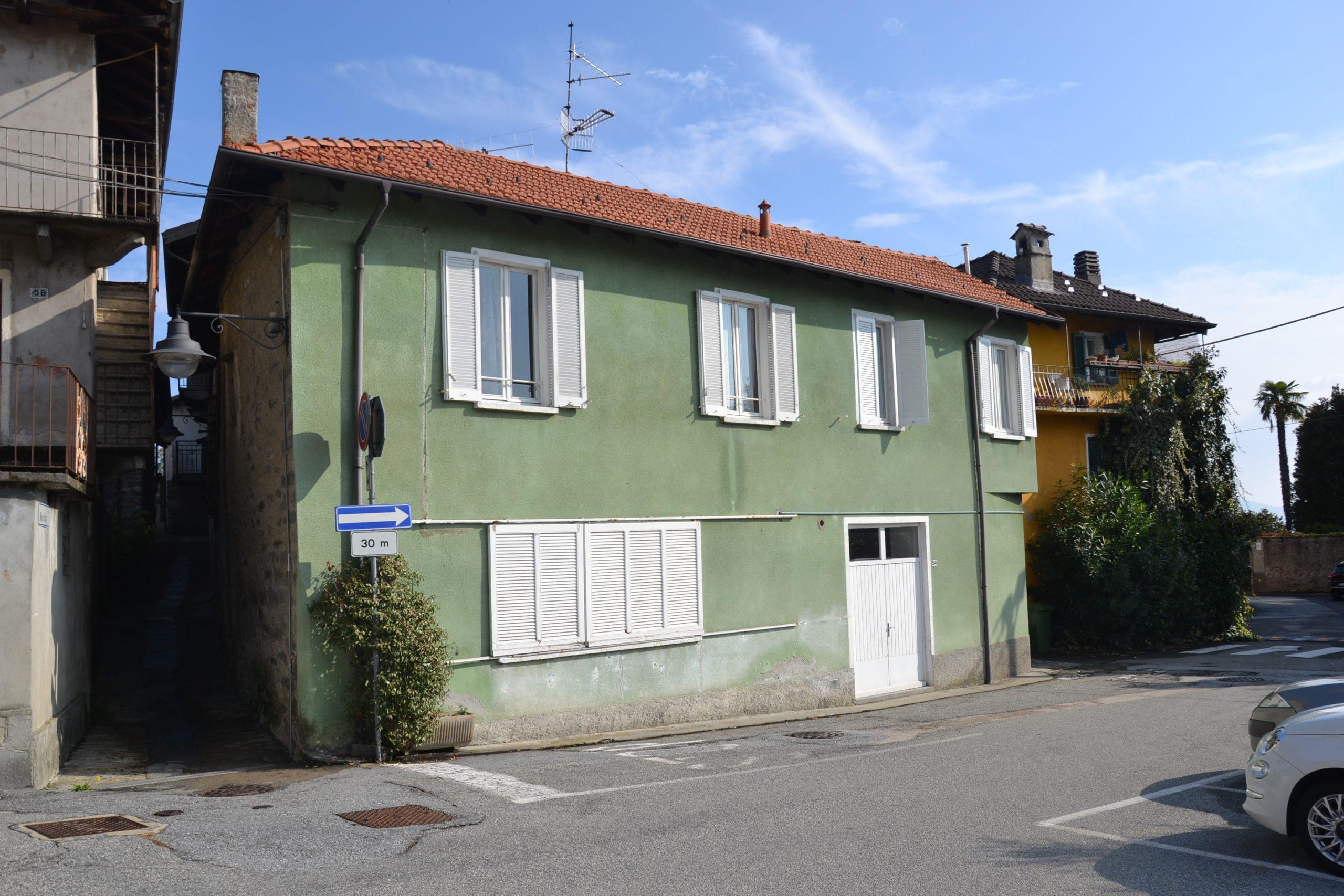 Casa semi indipendente con box, Arizzano